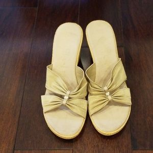 Shoes - Gold wedges